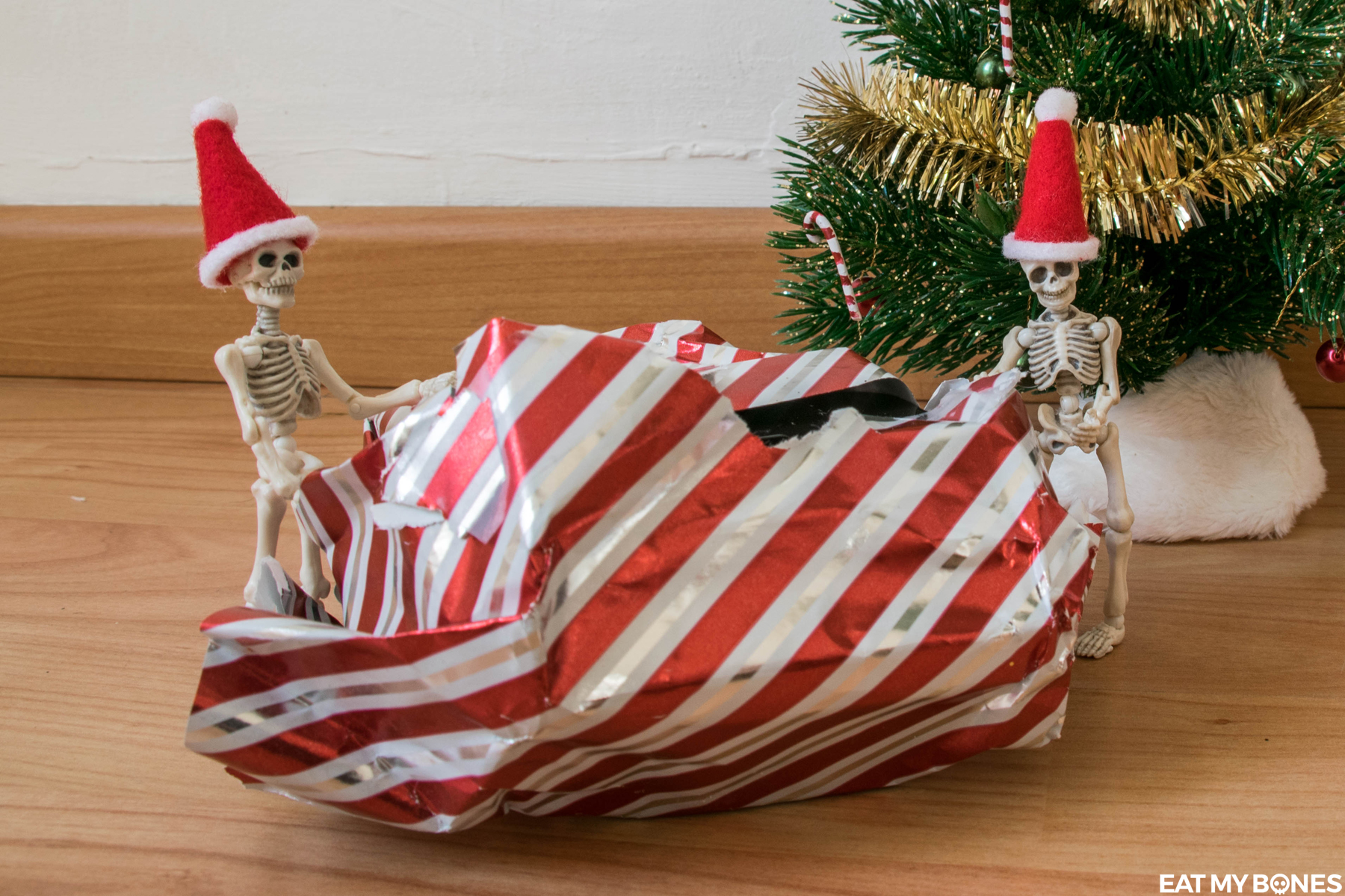 Eat my Bones Skeleton Christmas Eve
