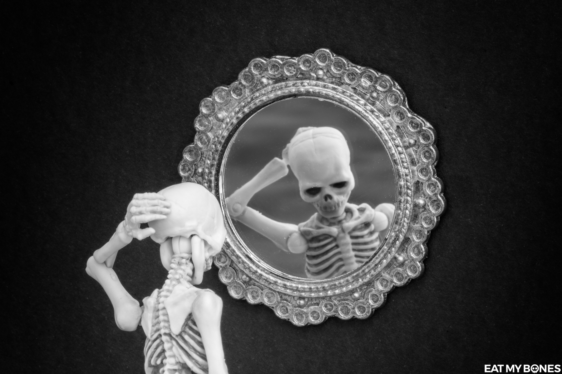 Confidence sipgoes52 - Pose Skeleton - Toy photography - Miniature - Eat my Bones